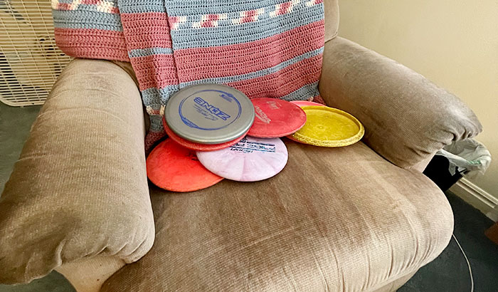 how to practice disc golf at home