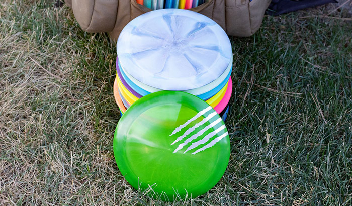throwing a disc golf driver the right way